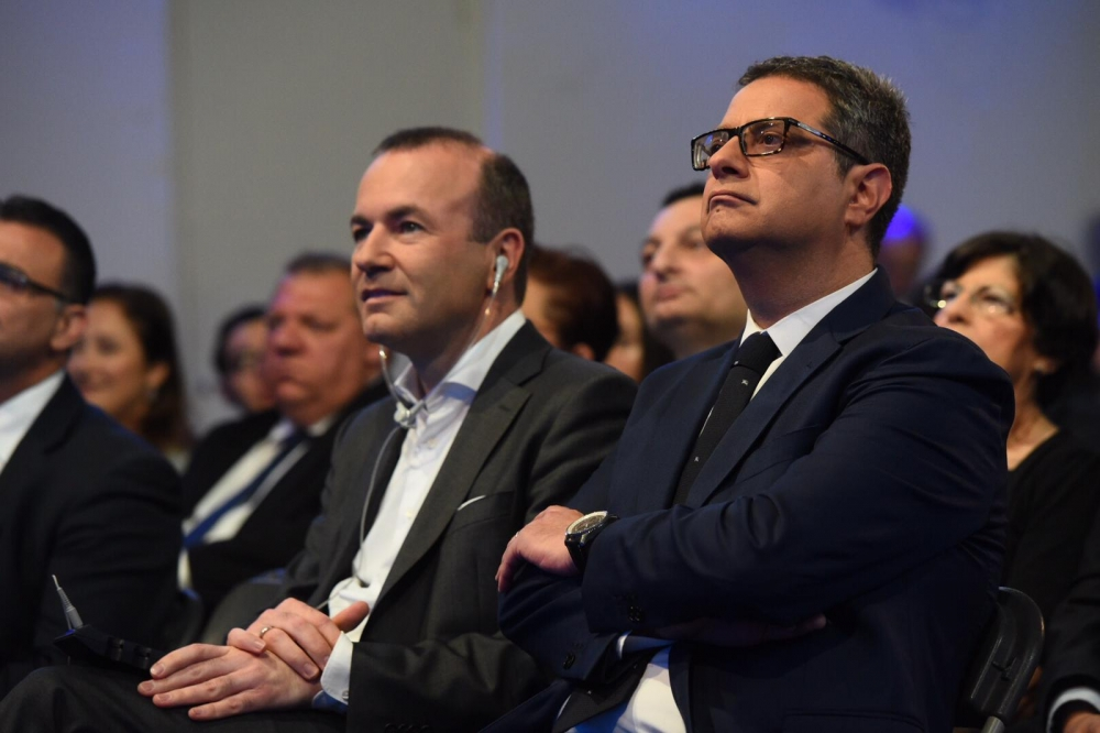 [WATCH] Only PN MEP candidates are able to defend our country, Delia says