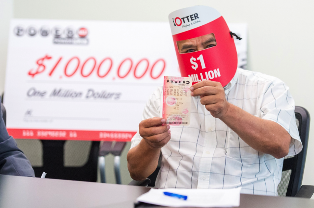 [WATCH] Winning the $247M US Powerball jackpot, made easy for Maltese