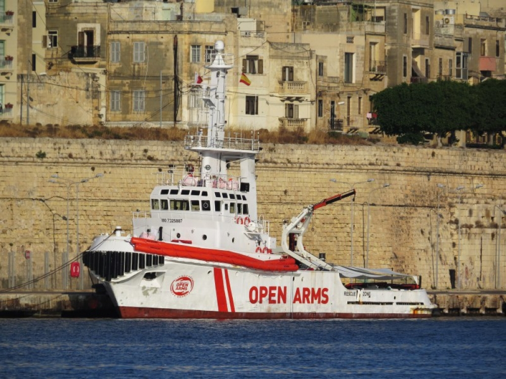 Spain prevents migrant rescue vessel from setting sail