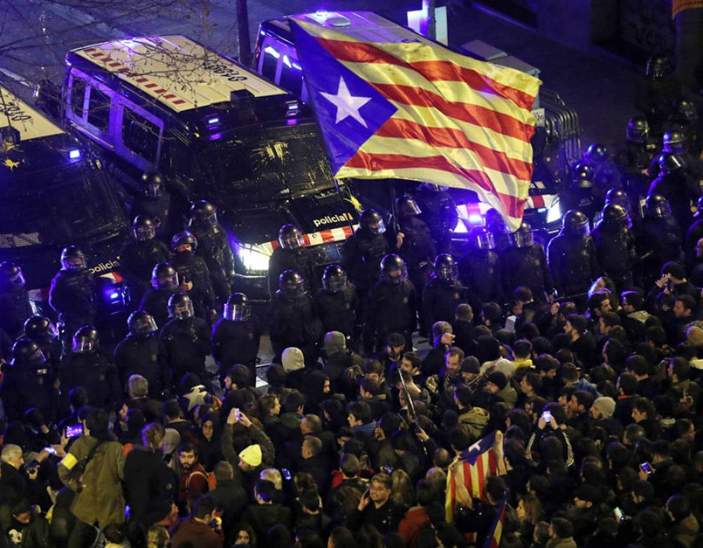 Catalan separatist leaders detained after clashes