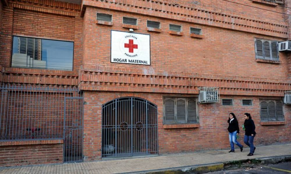 14-year-old Paraguayan rape victim dies giving birth
