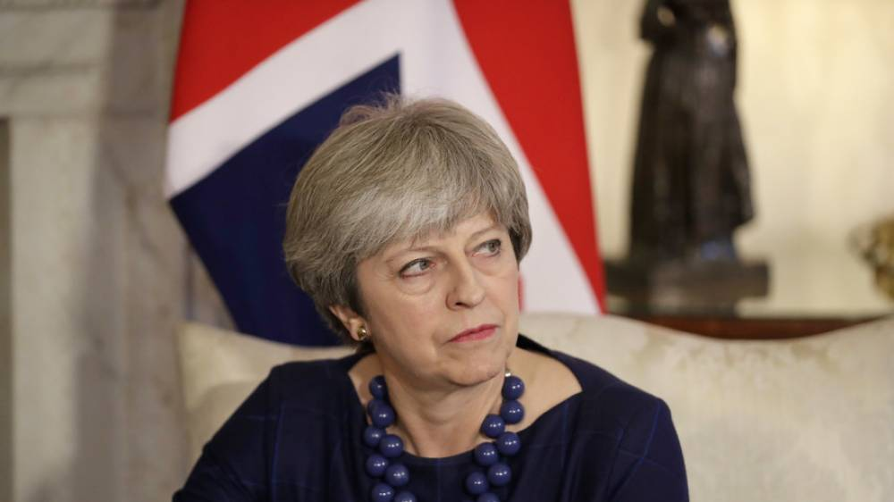 May to resist EU residency plan during Brexit transition