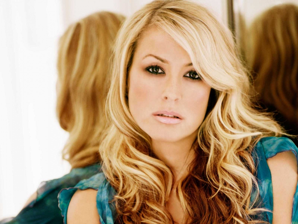 Pop-legend Anastacia to perform at MFCC tonight
