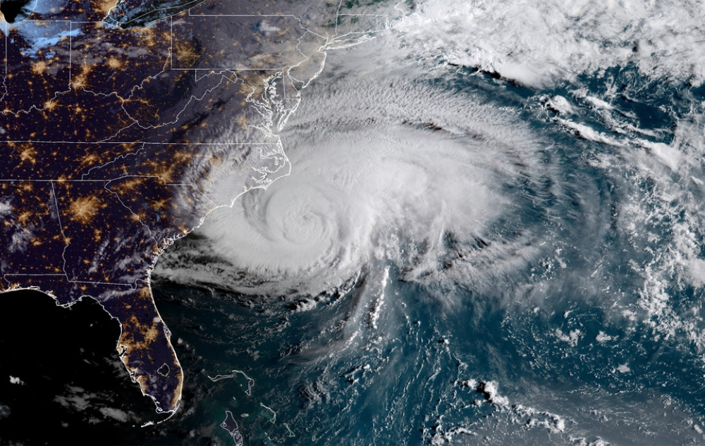 Hurricane Florence leaves death and destruction in its wake
