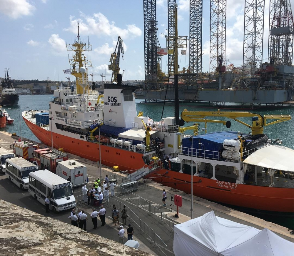 Migrants onboard Aquarius to be distributed following agreement brokered by Malta and France