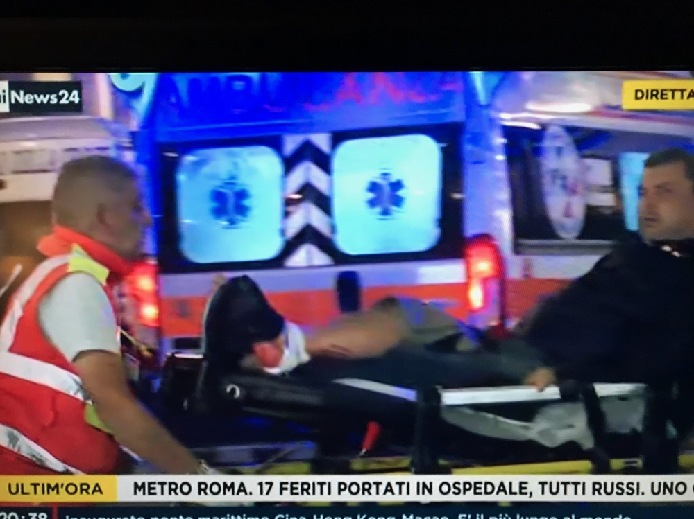 [WATCH] Rome metro escalator collapse injures Russian football fans