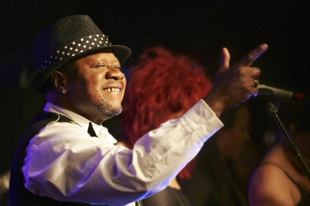 Congolese musician Papa Wemba dies after collapsing on stage