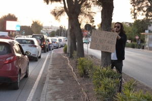 [WATCH] Climate change activists hold protest against central link road works