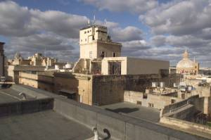 Din l-Art Helwa voices concern over green light for illegal Valletta rooftop additions