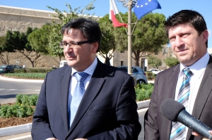 [WATCH] Low COLA increase will push people towards poverty - PN