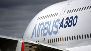 Airbus to end production of superjumbo