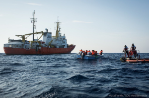 Updated | Aquarius requests disembarkation of 11 migrants rescued off Libyan coast