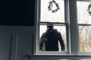 Practical ways to reduce home break-in risk