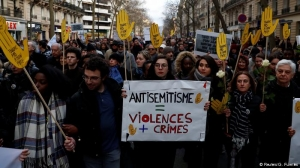 Thousands protest against anti-Semitism in France