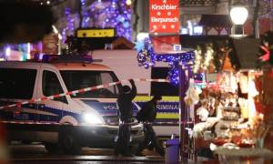 Bomb scare at German Christmas market
