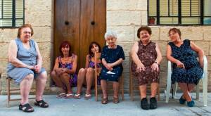 Climbing the social ladder: 31% of Maltese say they fare no better than their grandparents did