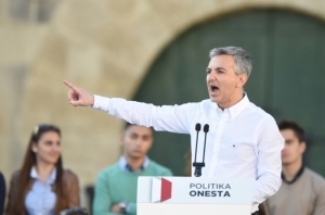 'Stop playing the Egrant victim card', Simon Busuttil tells Prime Minister