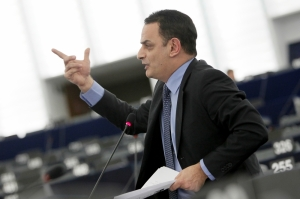Konrad Mizzi 'the antithesis of EU values', David Casa tells MEPs