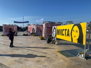 Activists put up Daphne Caruana Galizia banner in Women's Day exhibition ahead of march