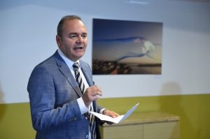 Chris Cardona won't drop Caruana Galizia libel, but timing is key in 'incriminating' Acapulco phone data