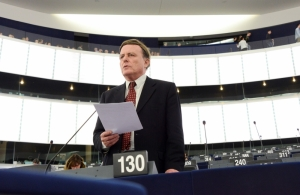 Sant abstains on Brexit resolution, says EP negotiator Verhofstadt has conflict