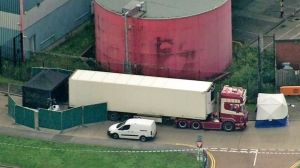 39 people found dead in lorry container in Essex