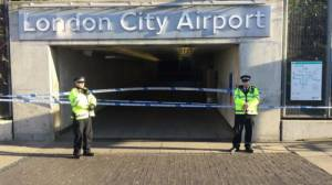 London City Airport closes as WW2 bomb found in Thames
