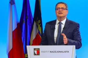 [WATCH] Adrian Delia defies MPs, will stay on as PN leader