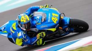 Aleix Espargaro takes surprise pole in Catalunya