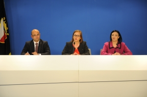 [WATCH] PN calls on minister, Environment Authority 'to show teeth and oppose tanker'
