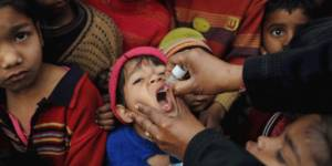 Mother and daughter shot dead while immunising children from polio in Pakistan