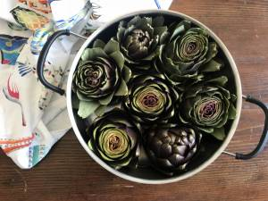 Three recipes with seasonal artichokes