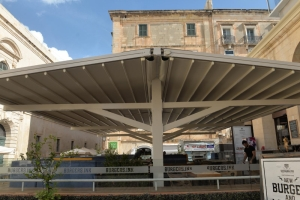 Permit for Suq tal-Belt canopy had expired