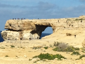 No-entry signs at Azure Window ignored as people continue to trespass