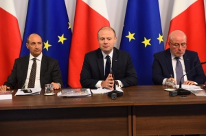 [WATCH] Updated | Gozo could be pilot island for switch to electric vehicles, Prime Minister suggests