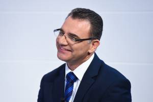 Muscat must step down, but government should finish mandate, PN deputy leader says