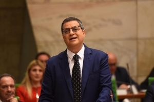 How far to the right was Adrian Delia's Budget speech?