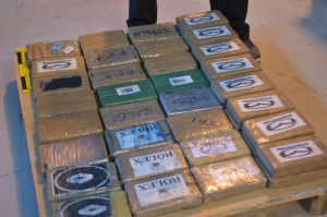 Customs officials seize over 48kg of cocaine coming from Ecuador