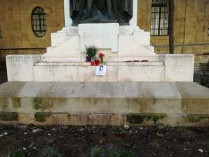 Nationalist MP reports theft of candles and flowers from Caruana Galizia memorial