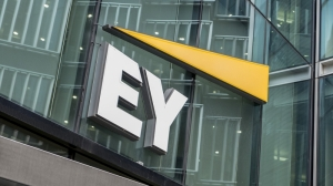 EY announces first-ever virtual corporate MBA free to all EY people