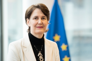 More than 12 million EU citizens vaccinated for COVID-19, EU health chief says