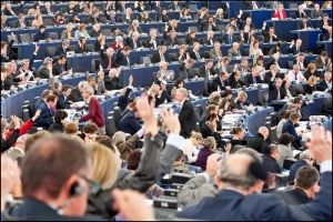 MEPs back common corporate tax proposal with big majority
