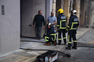 [WATCH] Fire breaks out in Santa Venera garage