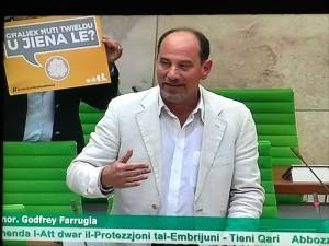 Godfrey Farrugia suggests abrogative referendum to repeal embryo freezing