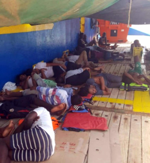 40 migrants allowed to enter Tunisia after two weeks at sea