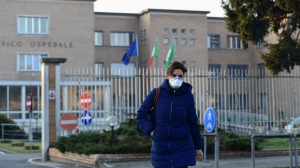 Italy closes all schools and universities in bid to contain coronavirus