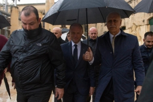 [WATCH] Joseph Muscat calls a confidence vote among his MPs and wins it