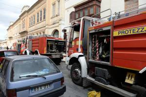 Fire-fighters rescue tenants unaware of fire inside Bugibba apartment
