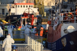 Malta closes ports to migrant rescue NGO ships