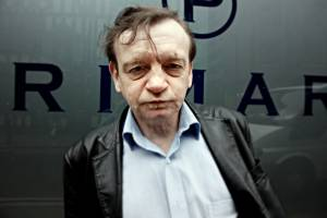 Mark E Smith, frontman of Manchester band the Fall, dies aged 60